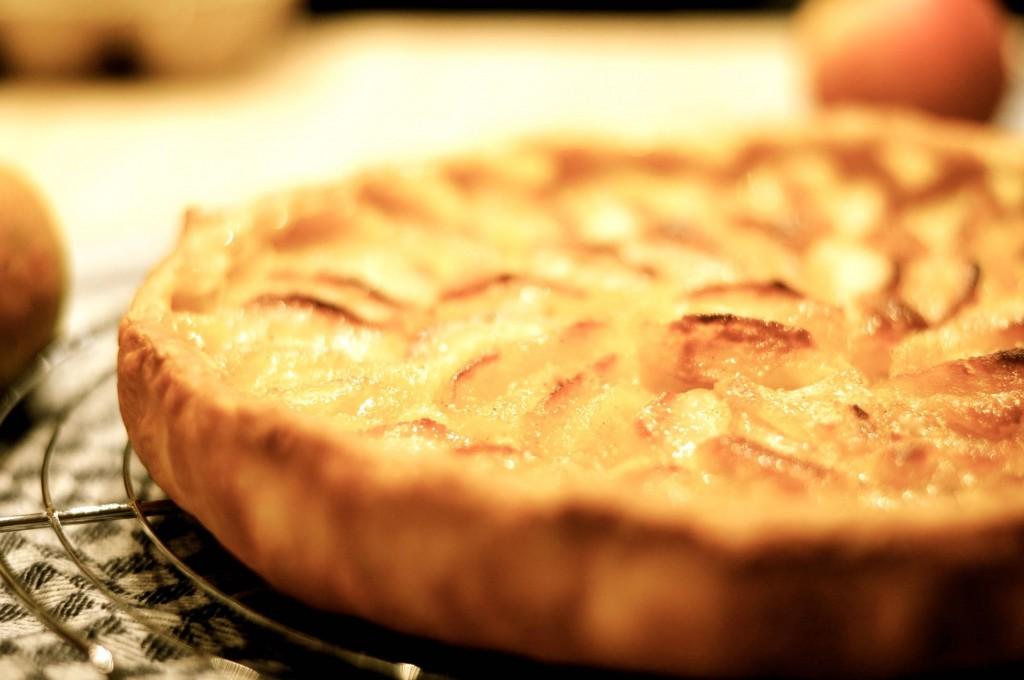 La vrai Tarte Normande. La recette de la véritable tarte normande aux pommes et amandes.