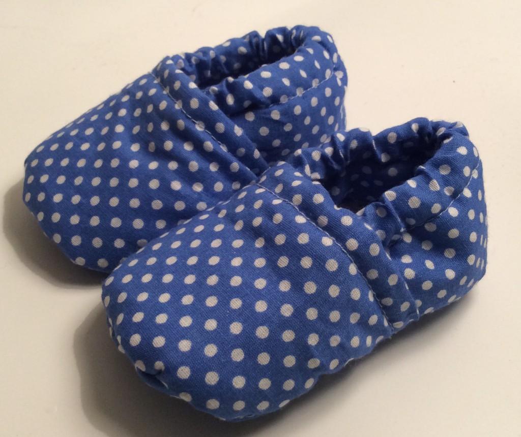 chaussons pour bébé. DIY, tutoriel pas à pas.