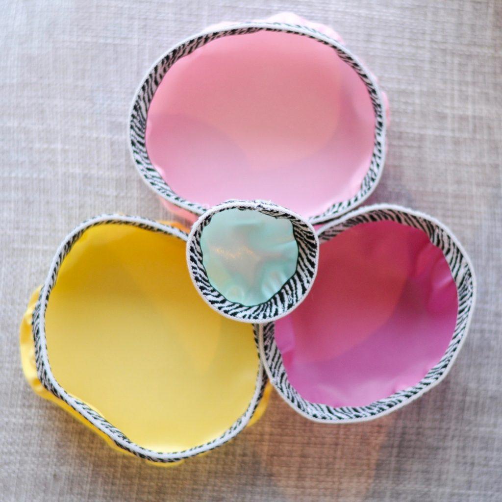 Tuto Zéro déchet pour fabriquer soi-même des couvercles alimentaires pour bols en tissu imperméable, lavables et réutilisables