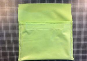 {DIY} Tuto couture pochette à goûter lavable. Etui imperméable pour sandwich, encas, snack. Fabriquer un sac à goûter lavable.